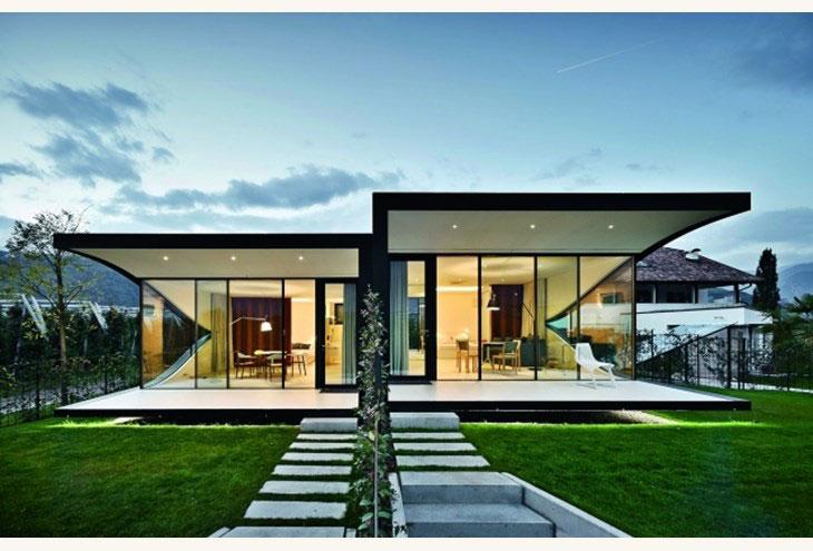 Αρχιτεκτονικές αντανακλάσεις mirror houses front night