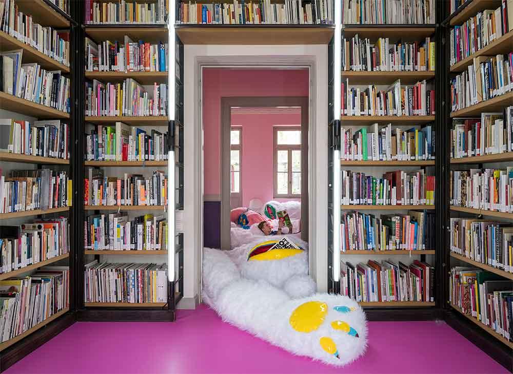 Η χνουδωτή βιβλιοθήκη είναι γεγονός! textme fluffylibrary antigoni tsagkaropoulou photo credits panos kokkinias 02